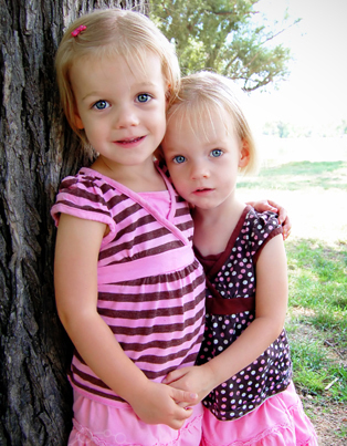 alivia-and-kaylaage3-07.JPG